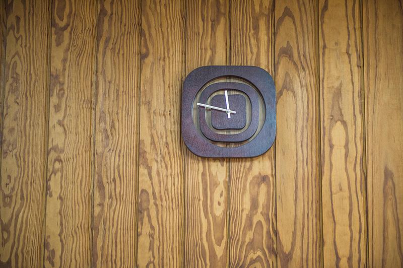Lambris intérieur ou extérieur en bois torréfié